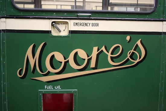 Canvey Island Transport Museum: Moore's of Kelvedon, taken over by Eastern National