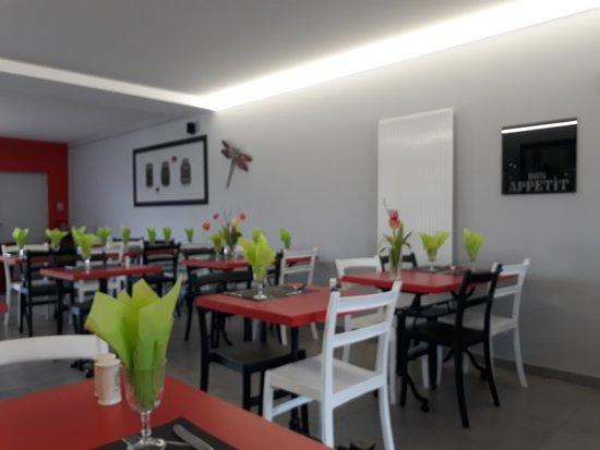 Burie, France: Salle très propre