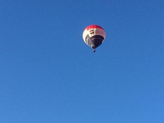 Altitude 2.0: Seuls dans le ciel bleu de la Sarthe