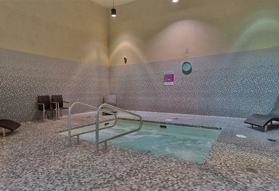 The Parkside Hotel & Spa: Hot Tub
