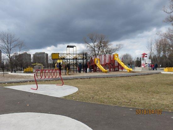 Ottawa, Canadá: playground