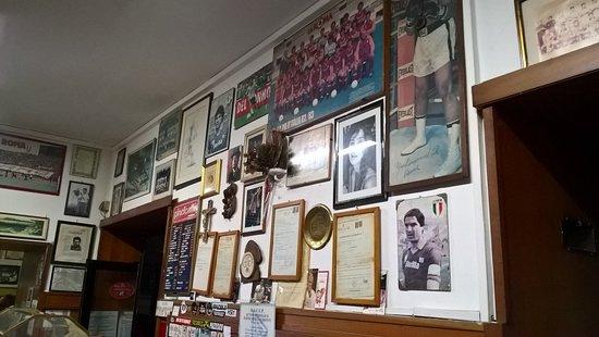 Bar san Calisto Trastevere - Picture of Bar San Calisto, Rome ... Design House Calisto Collection Html on
