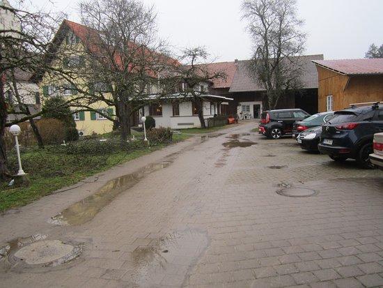 Heiligenberg, Deutschland: Weg zwischen Gasthaus und Gästehaus