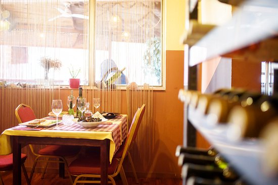 Gornji Karin, Croácia: The great choice of wine