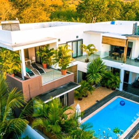 Pingo Premium Guest House