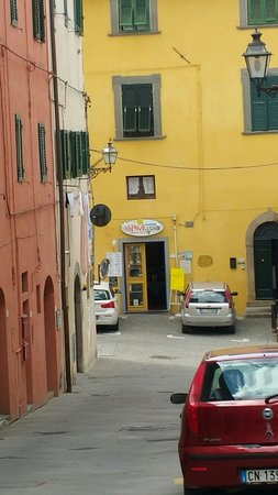 Peccioli, Italia: Tripip64