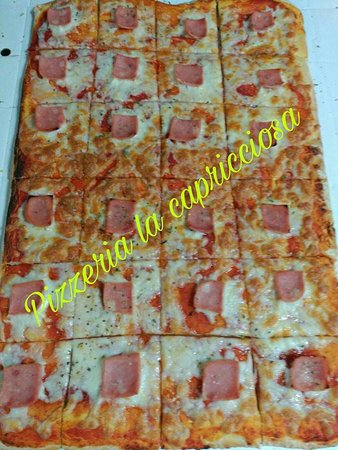 Fuentes de Ebro, España: Pizza para grupos!! tamaño gigante!!!