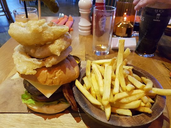 The Boathouse Bar & Restaurant: 20180404_180547_large.jpg