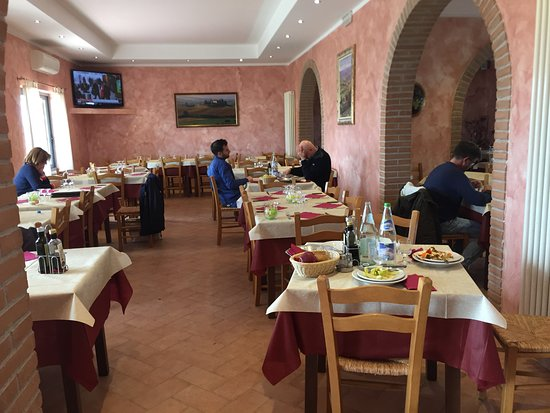 Lustignano, Italie : The restaurant