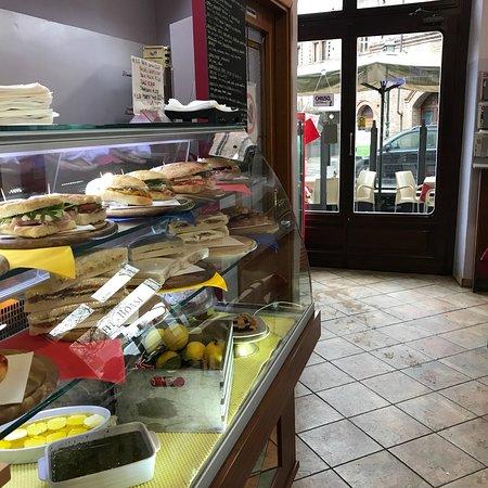 Ristorante la perla ristorante pizzeria in torino con - Ristorante porta di po torino ...