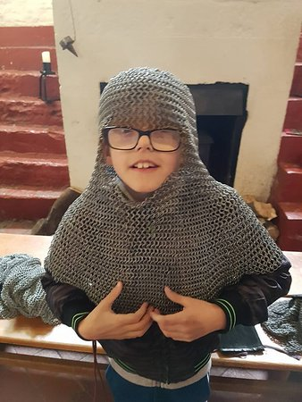 Caldicot Castle: How heavy was this chainmail?