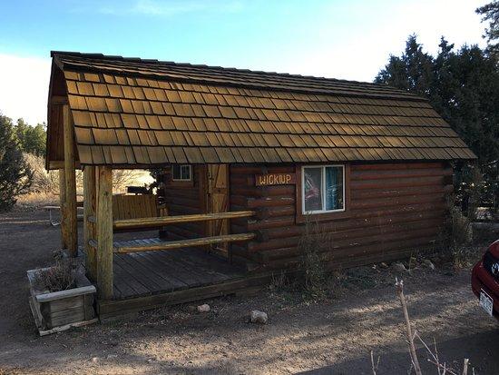 Flagstaff Grand Canyon KOA: The cabin