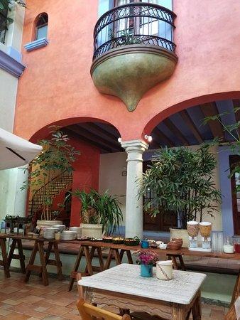 Hotel Trebol: 20180404_085708_large.jpg
