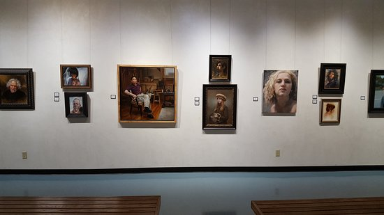 Kimberly, WI: Richeson School of Art & Gallery Main Exhibit Space