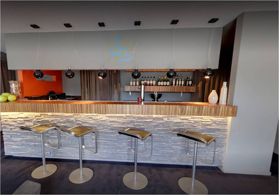 Lobbes, بلجيكا: bar