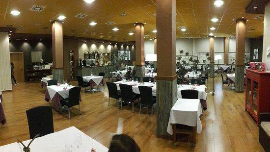 Vilalba dels Arcs, Spain: Comedor y menu de semana santa
