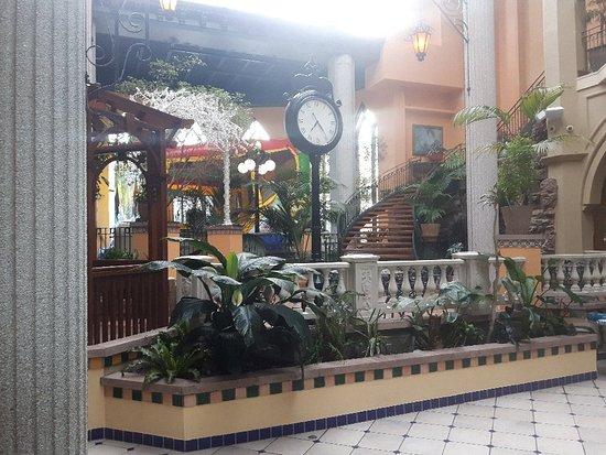 Hotel Plaza Quebec: 20180403_175226_large.jpg