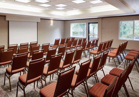 Clackamas, Орегон: Meeting room