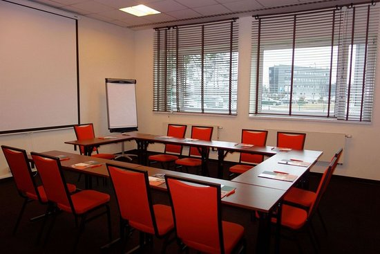 Pyrzowice, بولندا: Meeting room