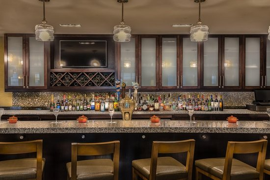 Hilton garden inn reagan national airport hotel updated 2018 reviews price comparison and 309 for Hilton garden inn reagan national airport