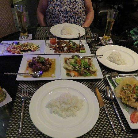 Charm Thai Restaurant at Holiday Inn Resort: photo6.jpg