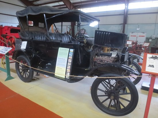 Delaware Agricultural Museum and Village: Ford Model T (1917)