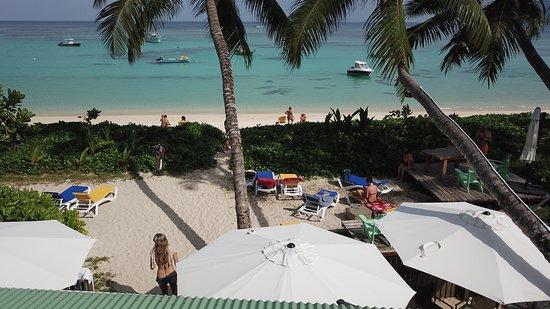Anse Royale, Seychelles: Come and enjoy the beach facilities proposed by Kafé Kréol
