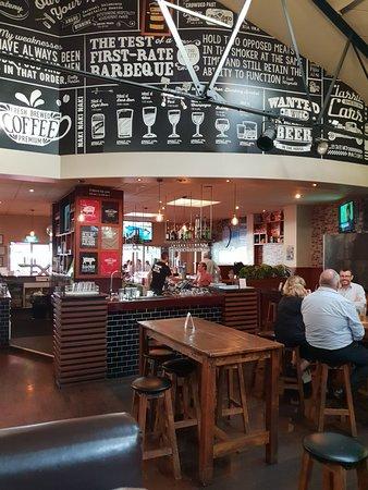 Crowded House Bar & Cafe: 20180405_164257_large.jpg