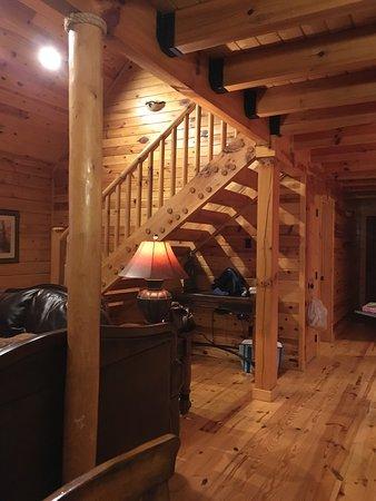 White Oak Lodge & Resort: Mountain Get-Away