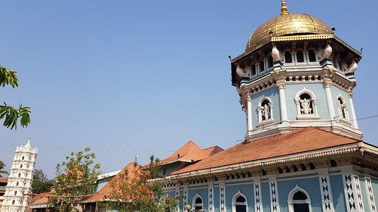 Shri Mahalasa Narayani Prasanna