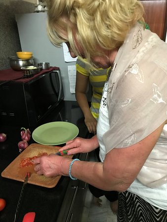 Virasat Experiences: my friend Rhona hard at it in Sonals kitchen