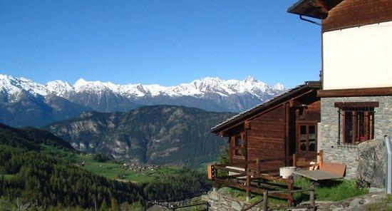 La Magdeleine, Włochy: Il panorama dal nostro hotel.