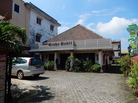 OYO 140 Hotel Graha Bukit Syariah