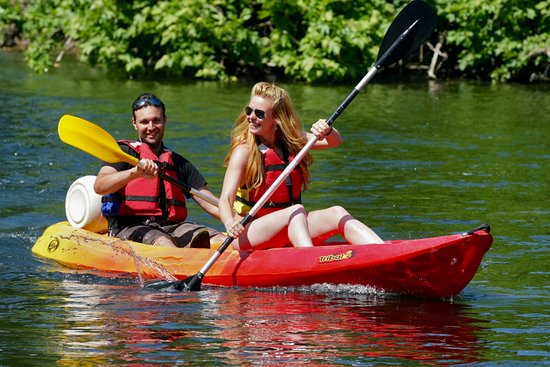 Canoe Rapido
