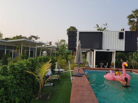 Phibun Mangsahan, تايلاند: 20180329_171023_large.jpg