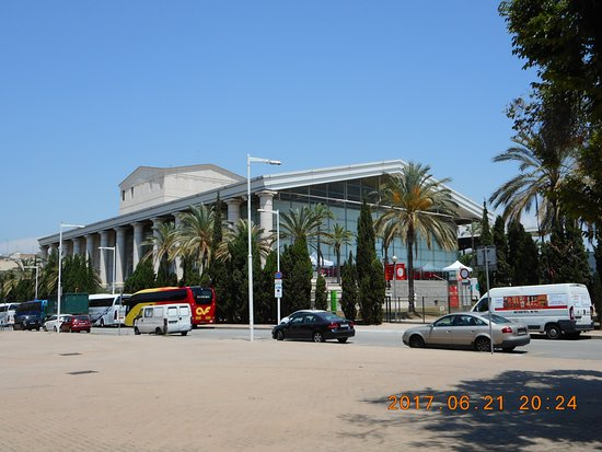 Picture of teatre nacional de catalunya tnc for Teatre nacional de catalunya