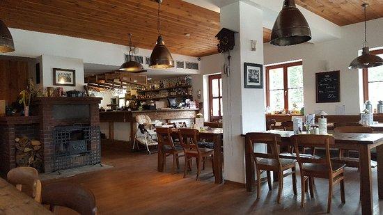 Modrava, Czech Republic: 20180405_123851_large.jpg