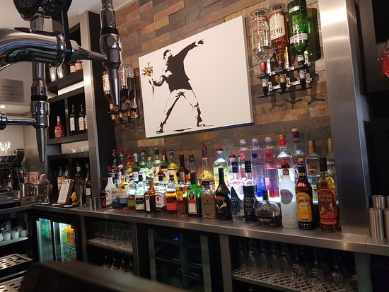 Stylish bar - Picture of JOJO\'S Kitchen & Bar, Lowestoft - TripAdvisor