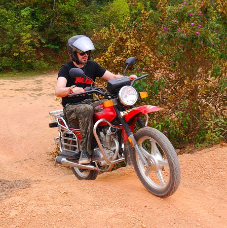 Uncle Tom's Trails - Private Day Tours: Motorbike training