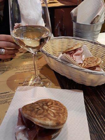 ristorante 051 zerocinquantuno bologna performing - photo#19