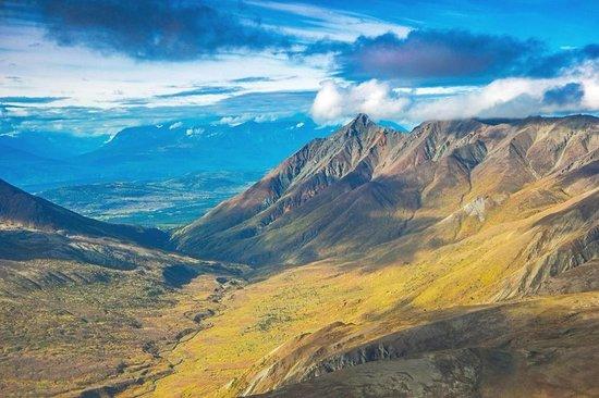 Wrangell Mountain Air: Copper River Valley