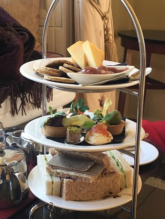 Stanley, UK: Afternoon tea, first course (minus the venison burgers as we couldn't wait to eat them!