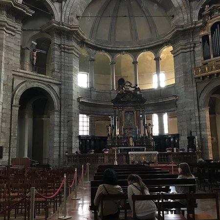 Basilica San Lorenzo Maggiore: 5 aprile 2018