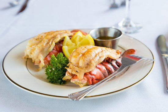 Martin's Restaurant: Cold Water Lobster Tail
