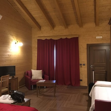 Santa Domenica Vittoria, Italia: photo1.jpg