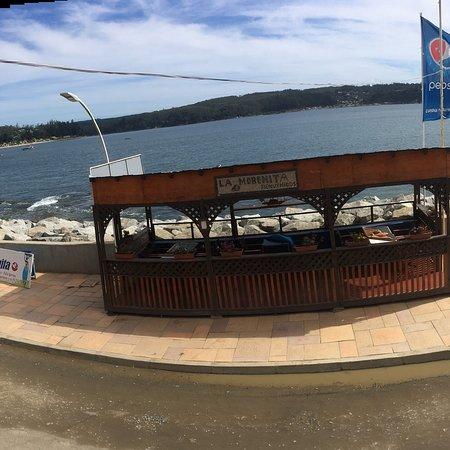 Dichato, Chile: Junto al mar