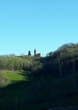 Oratorio di San Rocco: tra boschi e campi