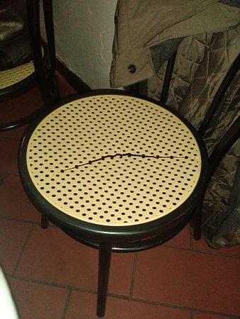 Il Casone: Sedia in sala