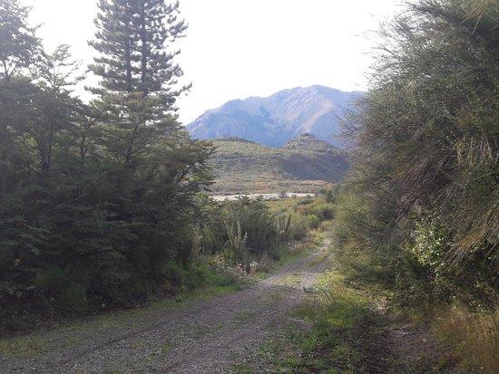 Catedral Alta Patagonis: Camino a refugio Frey