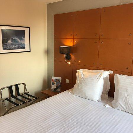 Comfort Hotel Lille L'Union : Photos des chambres rénovées. Salles de bain refaites entièrement, redécoration des chambres, in